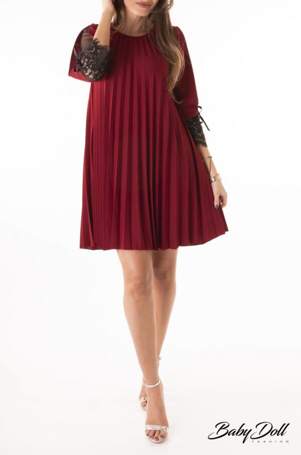 rochie cu insertie de dantela